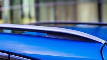 New Nissan Qashqai 2017 roof rails