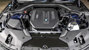 BMW 5 Series Touring - engine