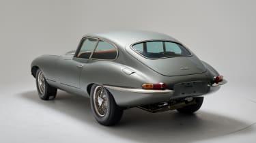 Helm Jaguar E-Type - rear