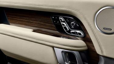 Range Rover SDV8 - door detail