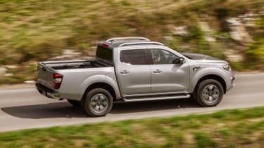 Renault Alaskan - side action
