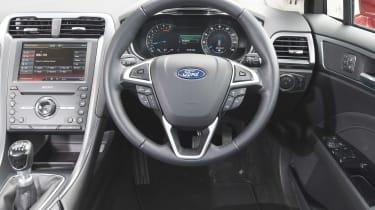 Ford SYNC 2 - Mondeo interior