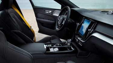 Volvo S60 Polestar Engineered - interior