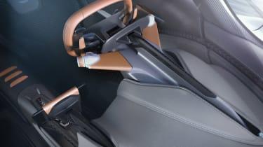 Aston Martin 003 concept - cockpit