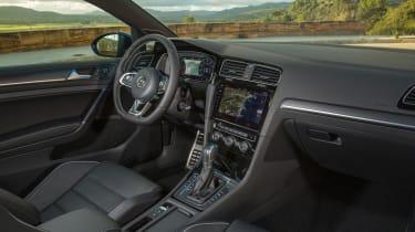 Volkswagen Golf GTD 2017 facelift - interior