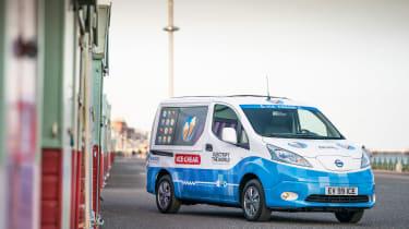 Nissan ice cream van - front panning