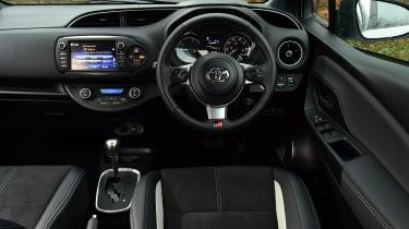 Toyota Yaris GR Sport - dash