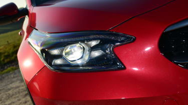 Kia XCeed - headlight