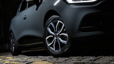 Renault Clio Urban Nav - wheel detail