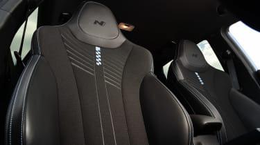 Hyundai i20 N - seat detail
