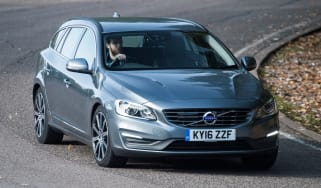 Volvo V60 D5 Twin Engine - front cornering