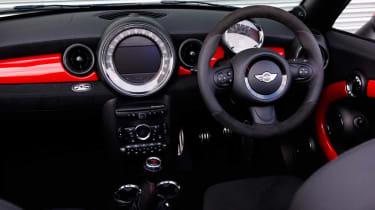 MINI JCW Roadster dash