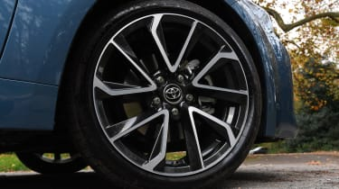 Toyota Corolla hybrid Long term - wheel