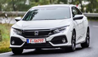 Honda Civic 2016 prototype - front cornering