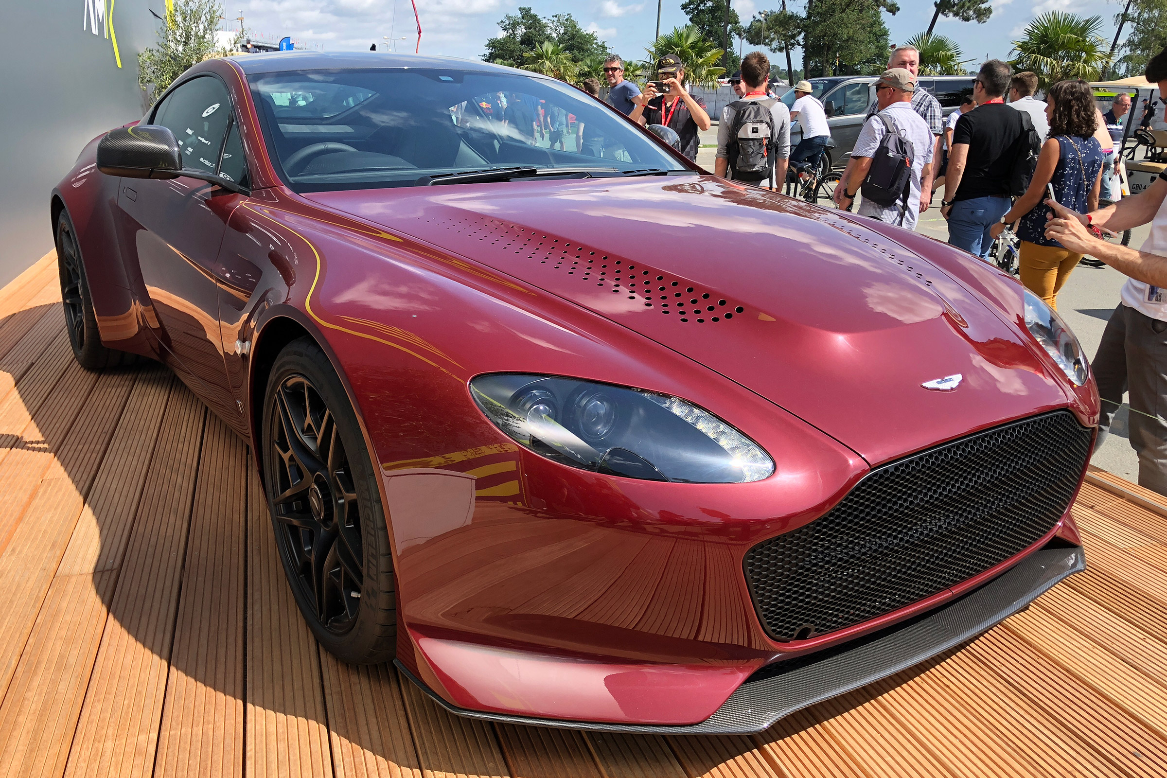 Limited Aston Martin V12 Vantage V600 Revealed At Le Mans Auto Express