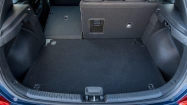 New Hyundai i30 - boot seat down