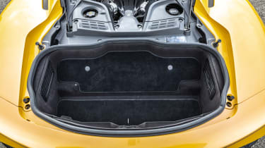 Maserati MC20 - boot
