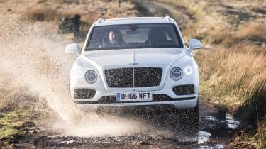 Bentley Bentayga Diesel - Ice white 2017 off-road