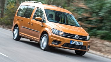Volkswagen Caddy Maxi Life TSI 2016 - front tracking