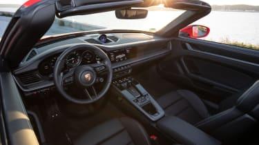 New Porsche 911 Cabriolet 2019 interior