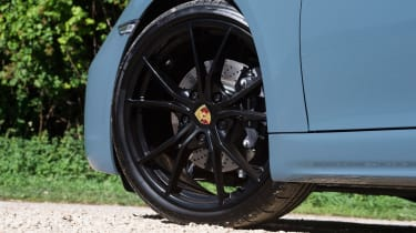 Porsche 718 Cayman - wheel