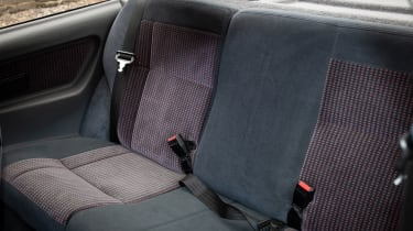 Ford Sierra RS500 Cosworth - back seats