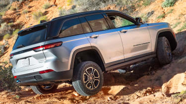 Jeep Grand Cherokee 4xe - rear off-road