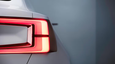 Volvo 40.2 Concept (Volvo V40 2018) rear light detail