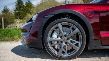 Porsche Taycan Cross Turismo - wheel