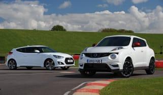 Nissan Juke Nismo vs Hyundai Veloster Turbo