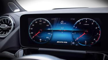 Mercedes GLA - screen info