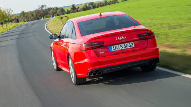 Audi S6 saloon 2014 rear tracking