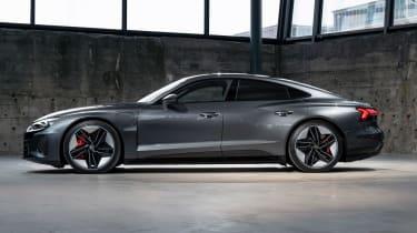 Audi e-tron GT - grey side