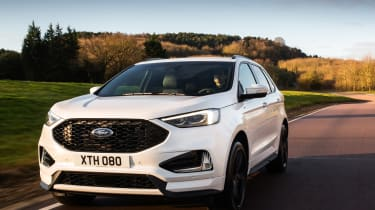 Ford Edge facelift 2018 tracking