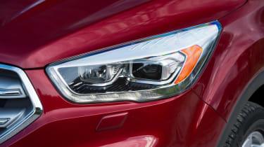Ford Kuga Titanium - front light detail
