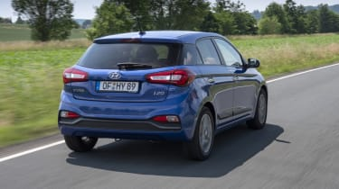 Hyundai i20 rear tracking