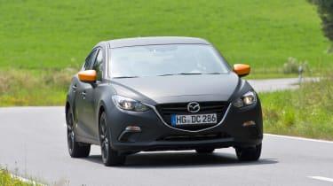 Mazda SKYACTIV-X prototype - front panning