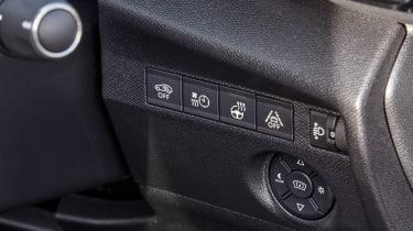 Citroen e-C4 - buttons