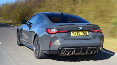 BMW M4 Competition - rear tracking