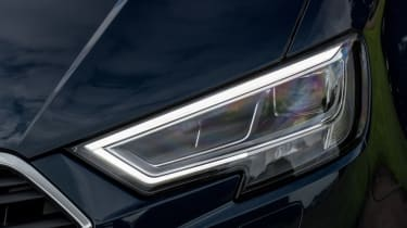 Audi A3 TFSI 2016 - headlight