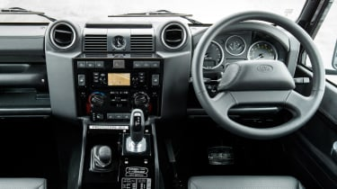 Land Rover Defender Works V8 - dash
