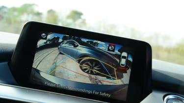 Mazda 6 - screen