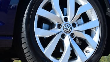 vw golf alloy wheel