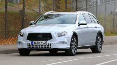 Mercedes E-Class All-Terrain facelift - spyshot 2