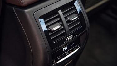 BMW X3 - vents