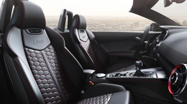 Audi TT RS Roadster - seats