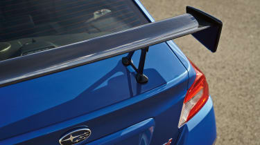 Subaru WRX STI Type RA - wing