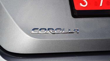 Toyota Corolla saloon  - badge