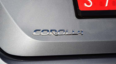 Toyota Corolla saloon  - badge