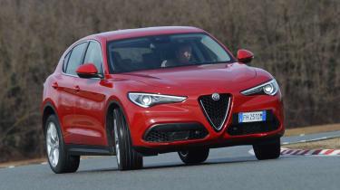 Alfa Romeo Stelvio - front drift